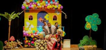اجرای نمایش «قصه بهار کوچولو» در ساری