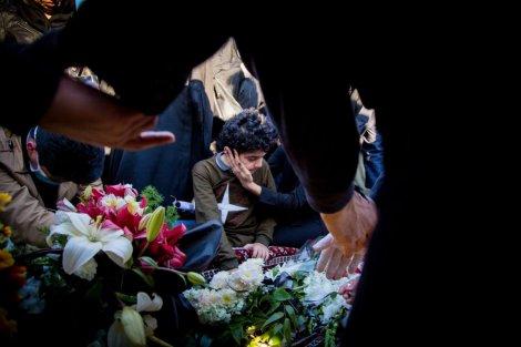 مراسم یادبود استاد خوشرو در آرامگاه ساروکلا