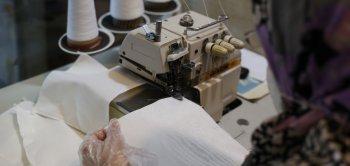 تولید ماسک و گان در کارگاه خیاطی