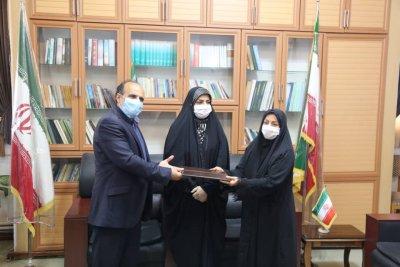سهم بانوان در مسئولیت ادارات کتابخانههای عمومی در مازندران به ۱۰ شهرستان رسید