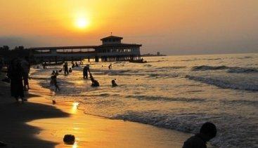 ساحل سیترای نوشهر در زمان کرونا؛ منطقهای پرمشتری اما خطرناک