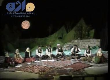 اجرای موسیقی محلی گروه «شواش»
