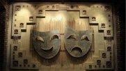 کرونا  تئاتر محمودآباد را متوقف نمیکند