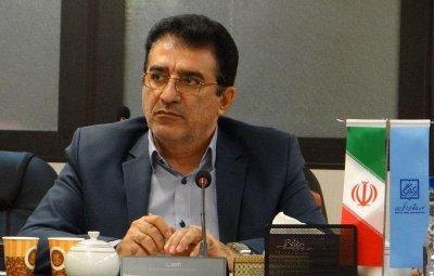 پیام تشکر قادر آشنا به هنرمندان و برگزارکنندگان جشنوارههای تئاتر استانی
