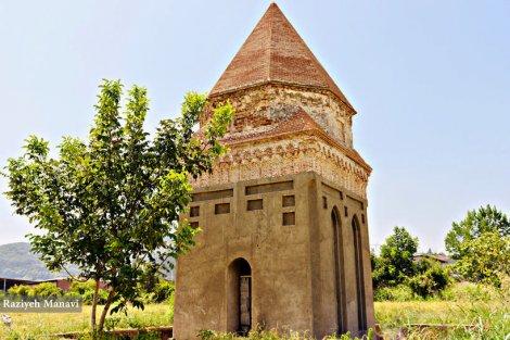 بنای تاریخی شاتر گنبد ساری، همچنان در حال بازسازی
